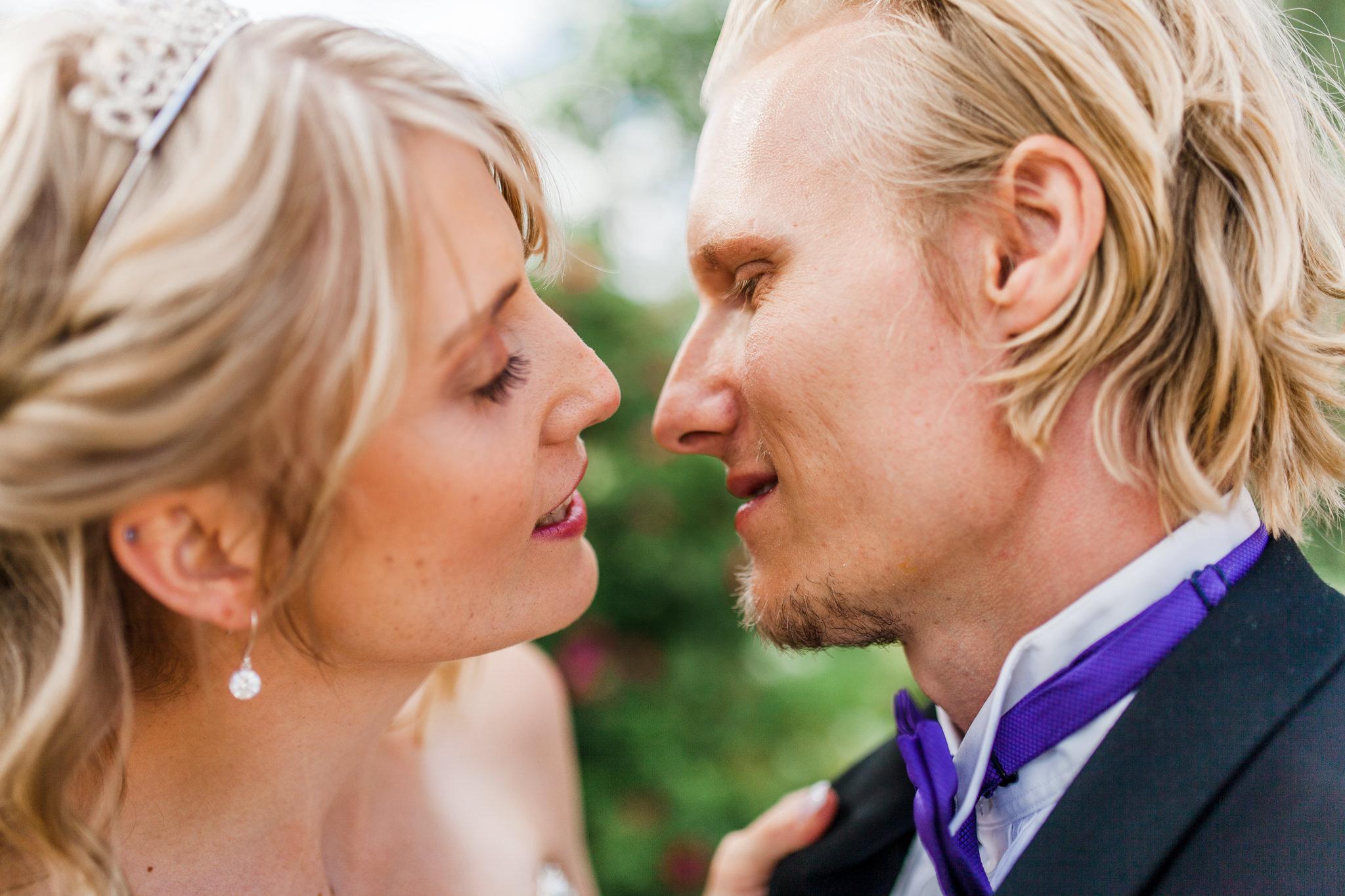 Bröllopsfotografering i Örebro vid Rosängen Orangeri