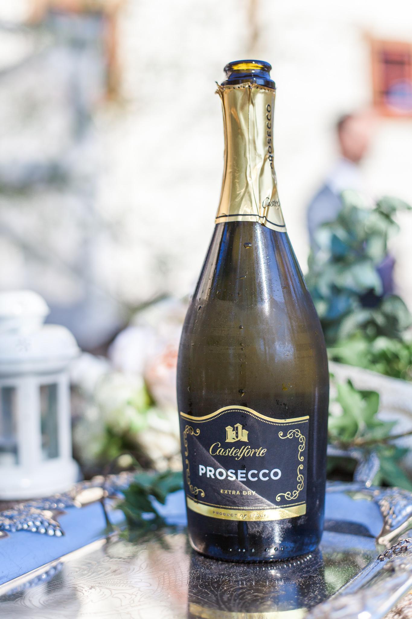 Prosecco till brudskål på bröllop i Linköping