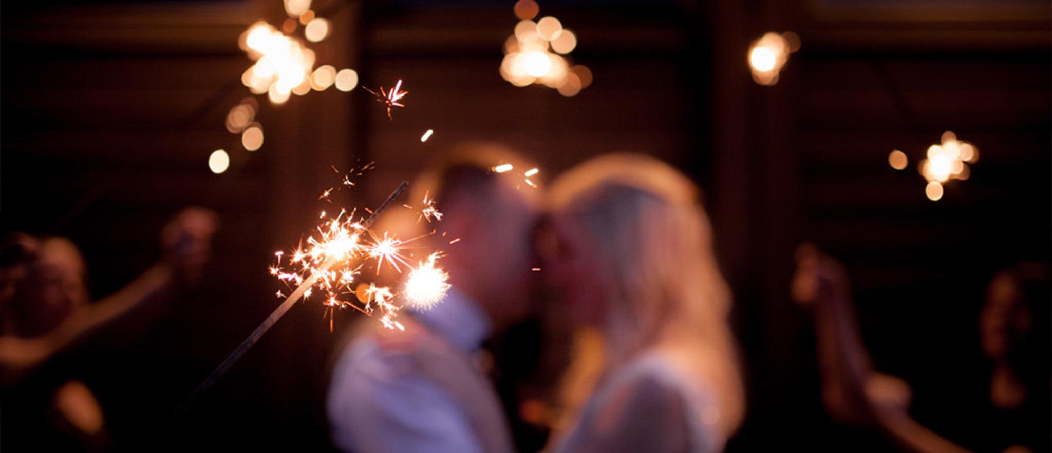 Bröllopsfotografering med tomtebloss