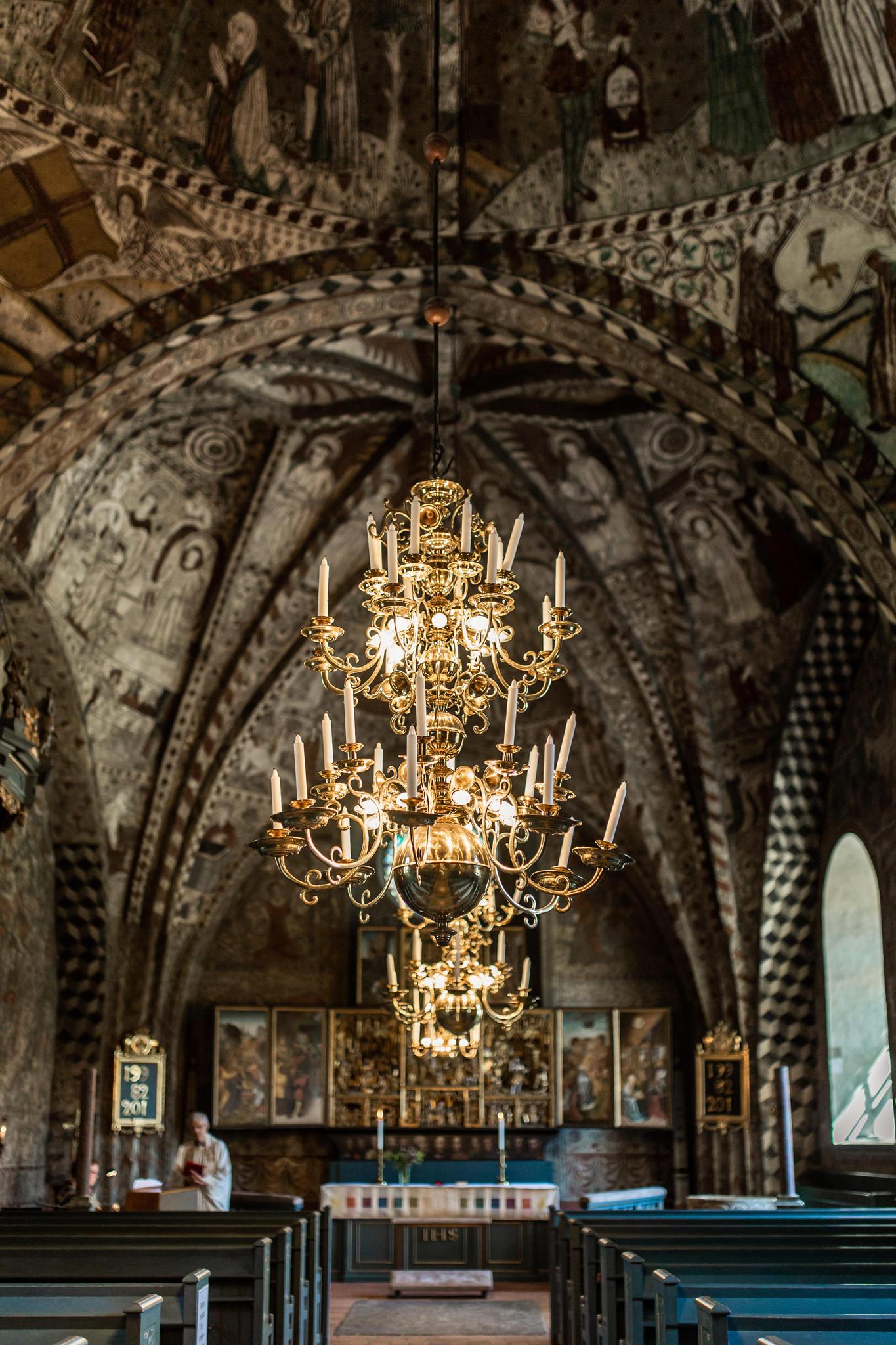 Vigsel i Häverö kyrka Hallstavik