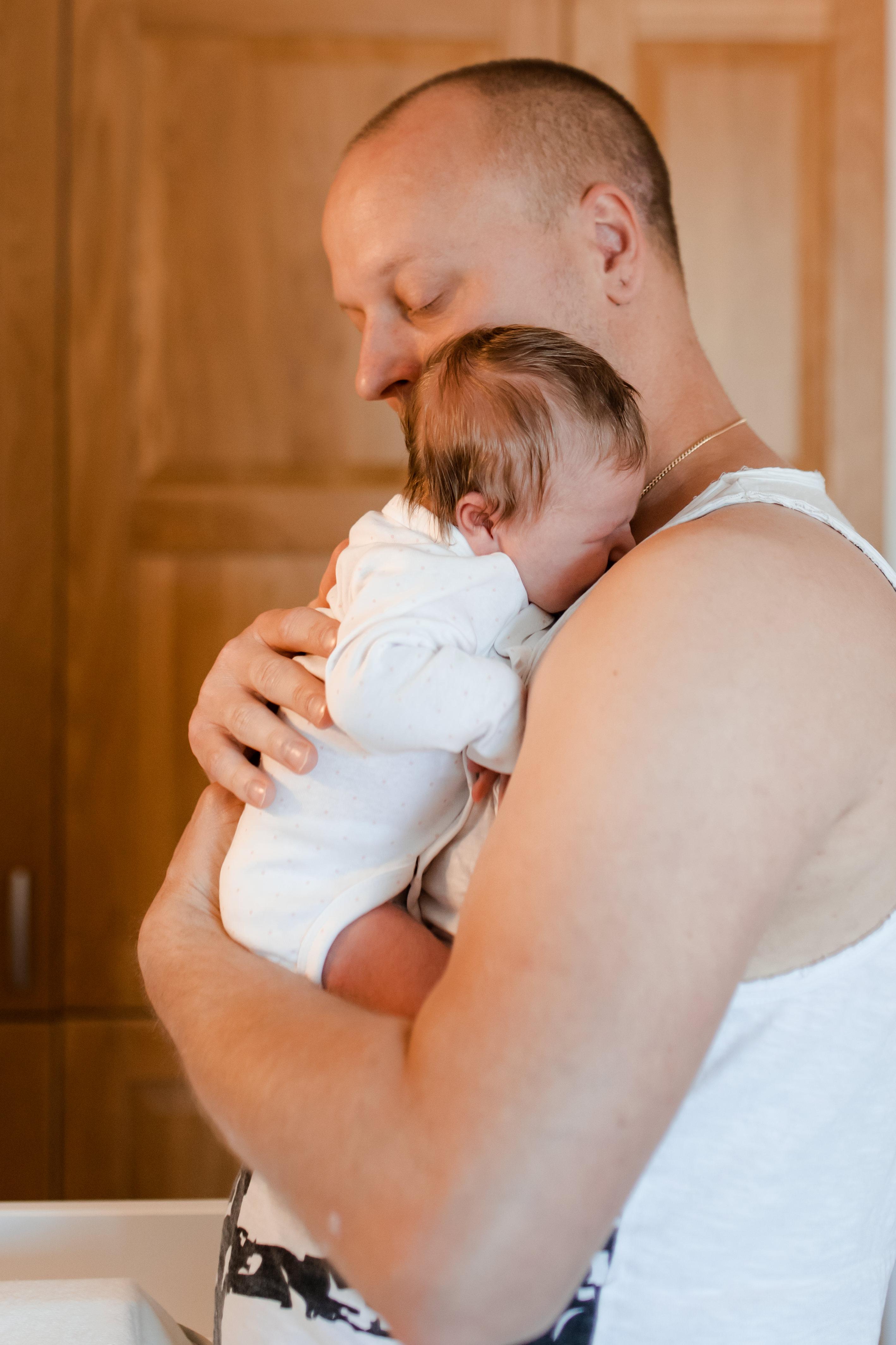 Nyföddfotografering i lifestyle i Småland