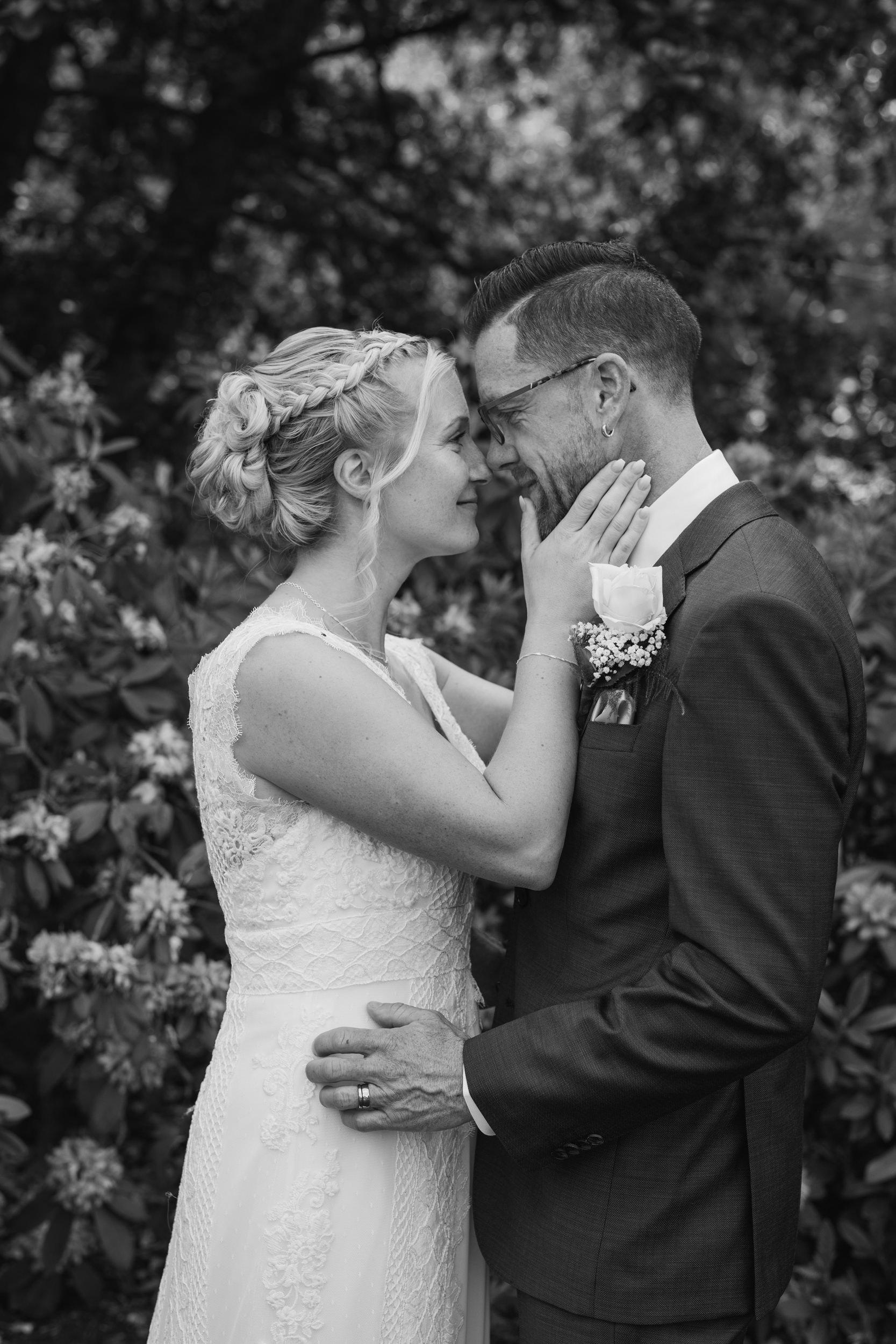 Bröllopsfotografering på Åmund Vin & Fruktgård